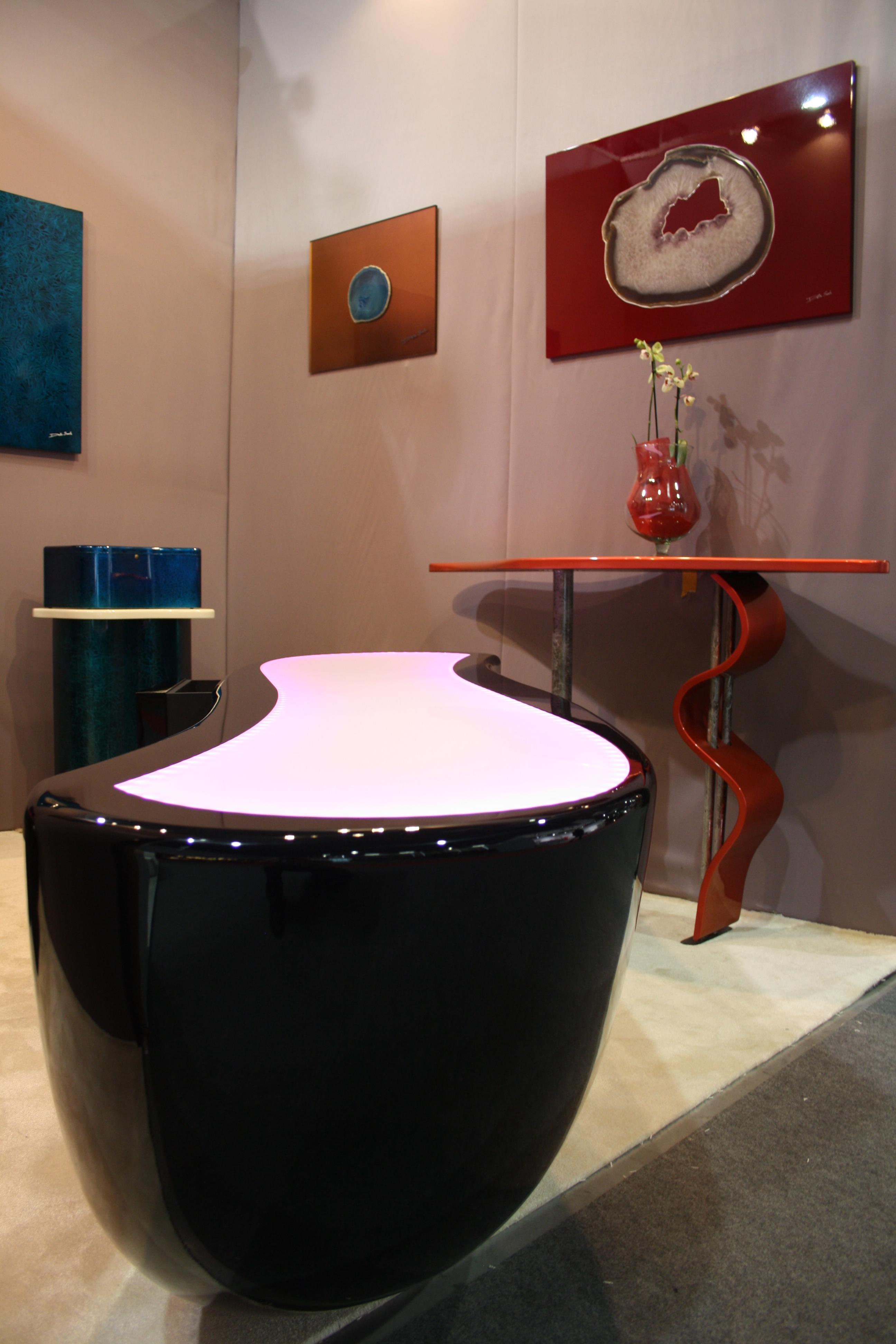 SBureau Design noir laqué + éclairage Leds + marqueterie F-Line Créations - Franck Dalla Santa